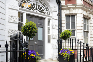 Dentist in Harley Street